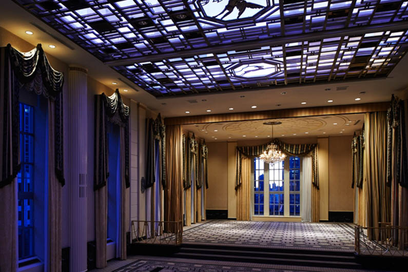 Art deco hotels 10 of the world 39 s best for Design hotel waldorf